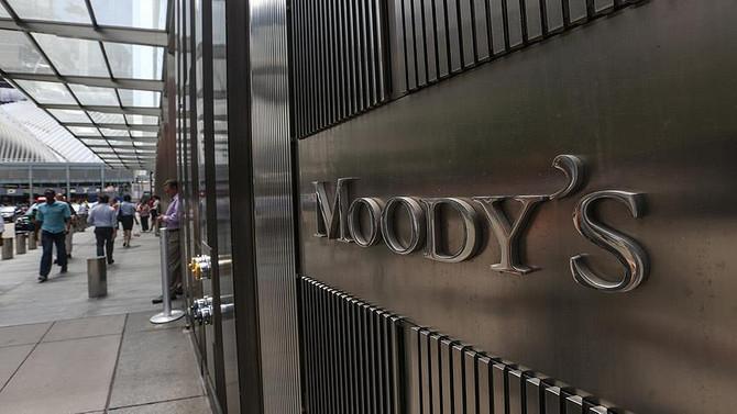 Moody's 18 Türk bankası ve 2 finans şirketinin kredi notunu düşürdü