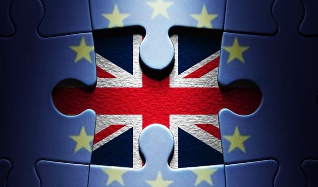 Brexit anlaşmasında ekimden vazgeçildi