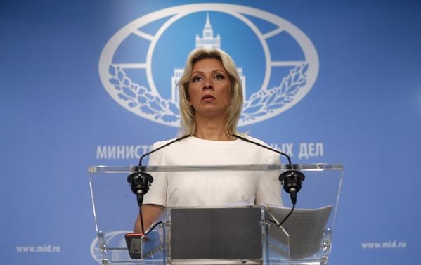 Rusya'dan NATO'ya: Yapıcı diyalog, helikopterler ve tanklar değildir