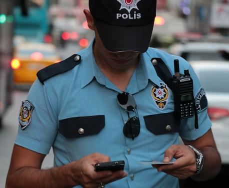 İstanbul'da 5 bin polisle 39 ilçede denetim