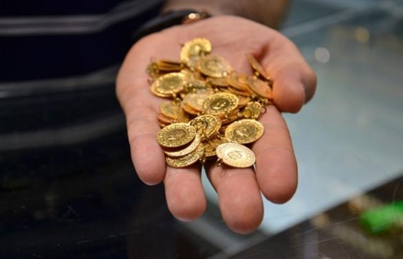 Altın, dolar/TL'deki düşüşe paralel geriledi
