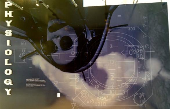 Türk kadın akrobasi pilotunun fotoğrafı ABD müzesinde