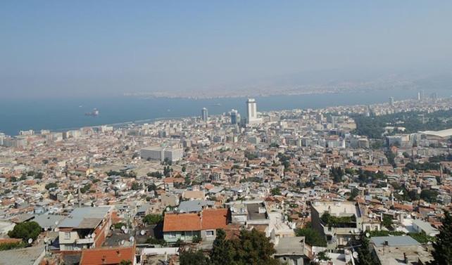 İzmir'deki kötü kokunun nedeni bulunamadı