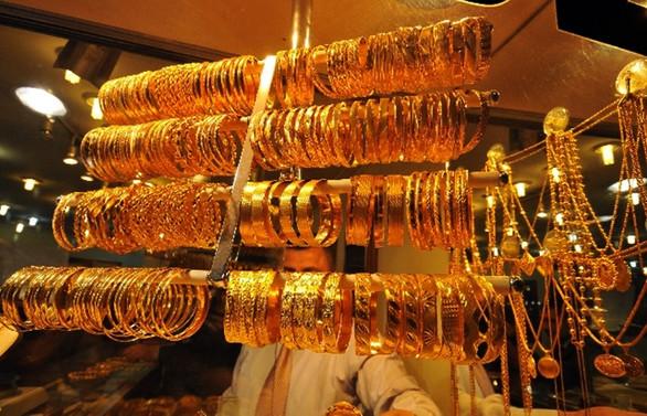 Altın fiyatlarında sınırlı düşüş