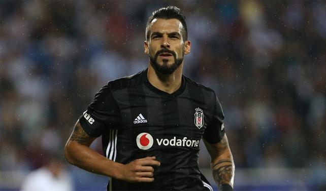 Beşiktaş, Negredo transferini yalanladı