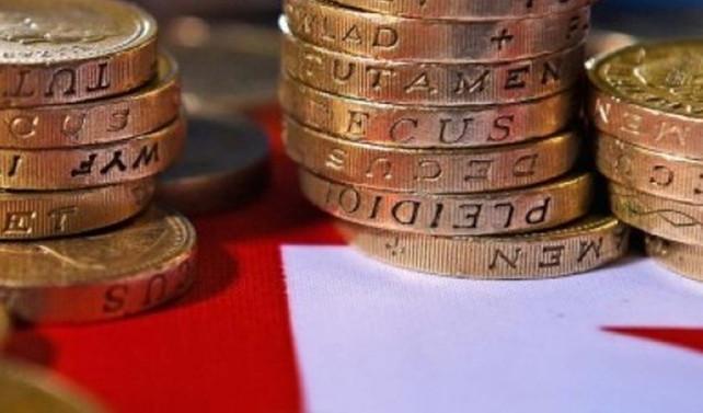 İngiltere'de enflasyon beklenmedik şekilde yükseldi