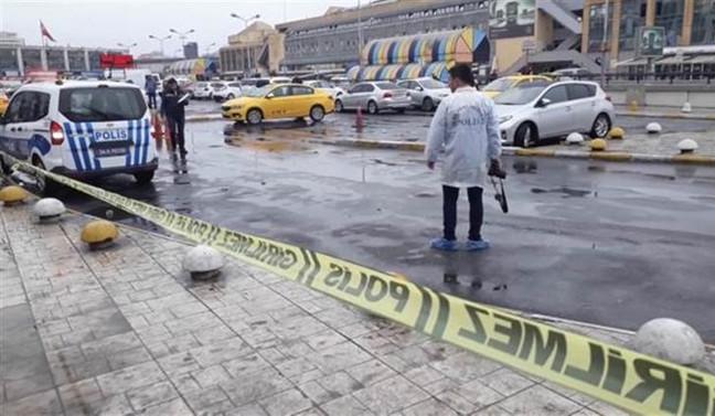 Otogarda silah sesleri: 2 kişi yaralandı