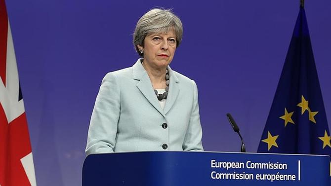 May'den Brexit sonrası 'serbest ticaret' çağrısı
