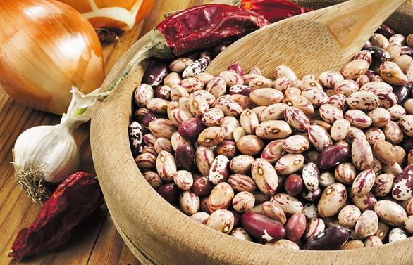 Hububat, bakliyat ve yağlı tohumlarda kendine yeterlilik stratejisine geçilmeli