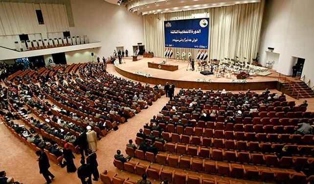 Irak'ın yeni meclisindeki anlaşmazlıklar oturumu erteletti
