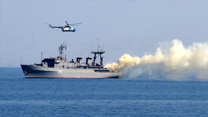 Rusya'nın Akdeniz'deki tatbikatı devam ediyor