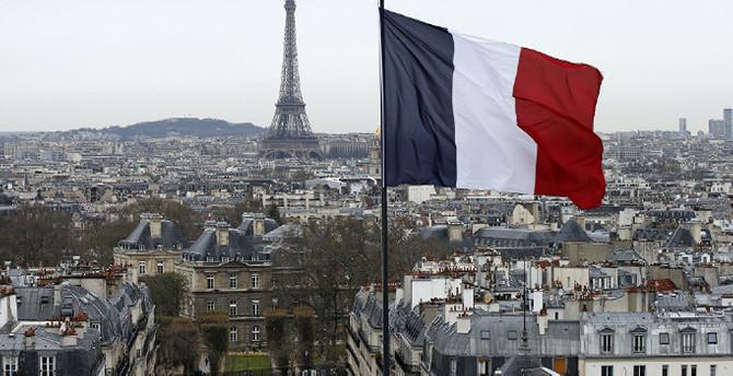 Fransa'da kabinede ikinci istifa