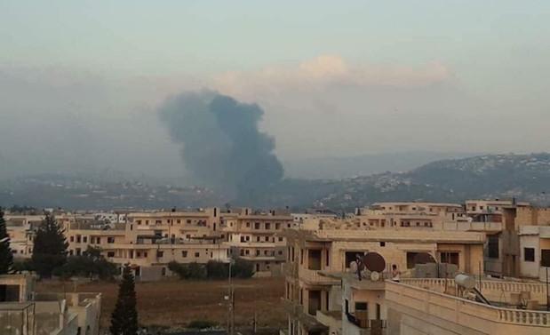 İsrail, Suriye'nin Hama kentini vurdu