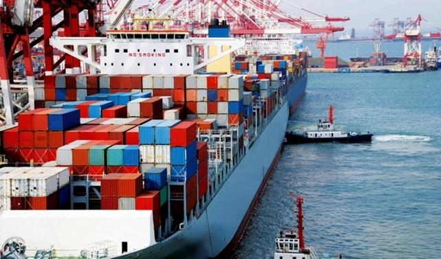 ABD'nin ticaret açığı 3 yılın en hızlı artışını kaydetti