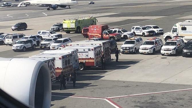 Karantinaya alınan uçakta 19 kişinin hasta olduğu belirlendi