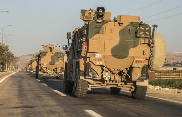Zırhlı personel taşıyıcılar sınırda