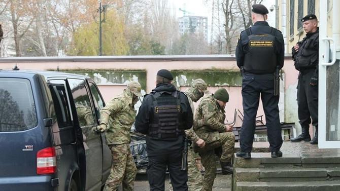 Rusya, 20 Ukrayna askerinin tutukluluk süresini uzattı