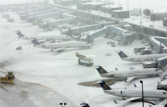 ABD'de kar fırtınası: 5 bin uçuş iptal