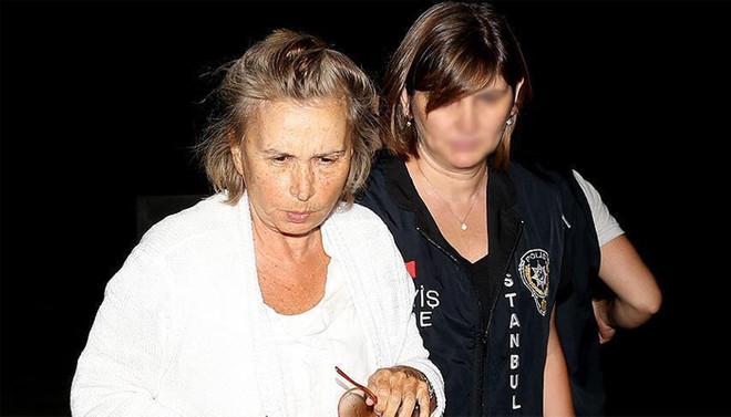 Nazlı Ilıcak, 5 yıl 10 ay hapis cezasına çarptırıldı