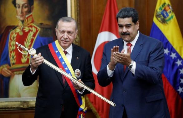 Cumhurbaşkanı Erdoğan: Maduro kardeşim! Dik dur, yanındayız