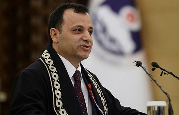 AYM'nin başkanlığına Zühtü Arslan yeniden seçildi
