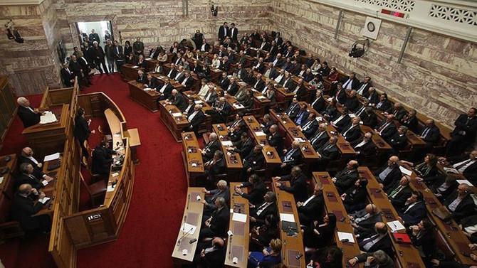 Yunanistan, Makedonya ile yapılan isim anlaşmasını onayladı