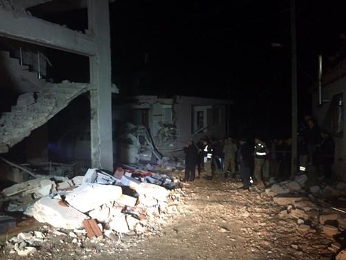 Hatay'da bir binada patlama meydana geldi: 2 ölü