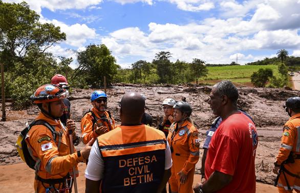 Maden faciasında ölü sayısı 58'e çıktı, yüzlerce kayıp