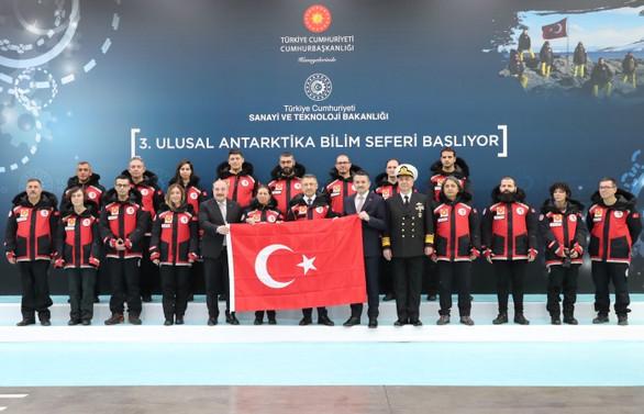 Türk ekip, 3. Antarktika seferine başladı