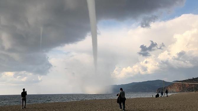 Antalya'da hortum riski uyarısı