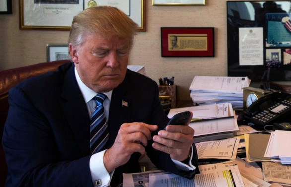 Trump'tan Guaido'ya 'tebrik' telefonu