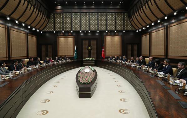 Cumhurbaşkanı Erdoğan, Han ile bir araya geldi