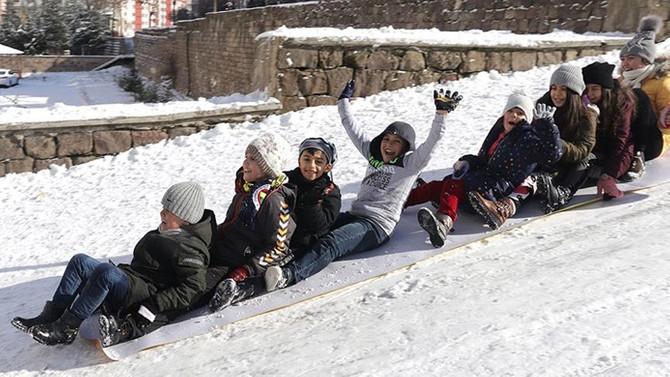 8 ilde eğitime kar ve buzlanma engeli