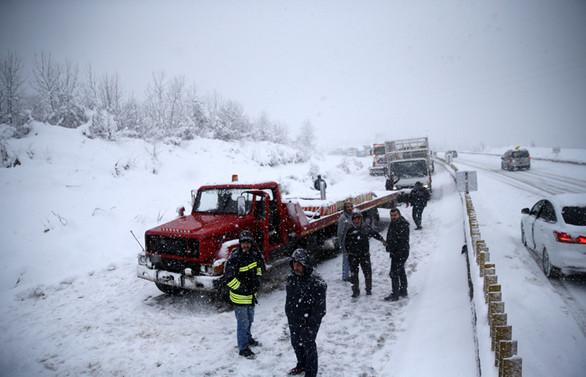 Bolu Dağı geçişi ulaşıma kapandı