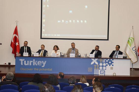 Otomotiv endüstrisindeki dönüşüm Bursa'da konuşuldu