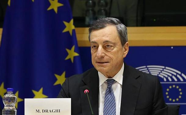 ECB, 'Süper Mario'lu son toplantısında faizleri değiştirmedi
