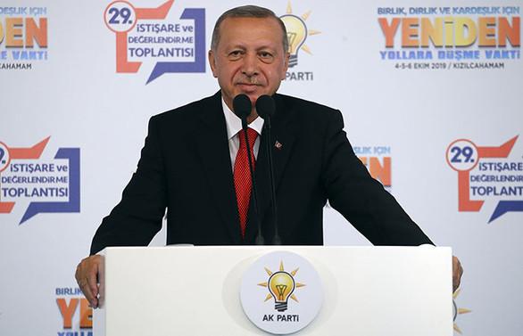 Cumhurbaşkanı Erdoğan: Faiz oranları makul oranlara geriledi, daha da gerileyecek