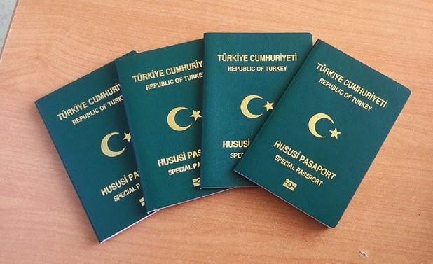 İhracatçılara yeşil pasaport hakkına ilişkin ihracat limiti 500 bin dolara indirildi