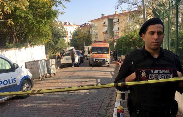 Bakırköy'de 3 kişi evde ölü bulundu: Siyanür tespit edildi
