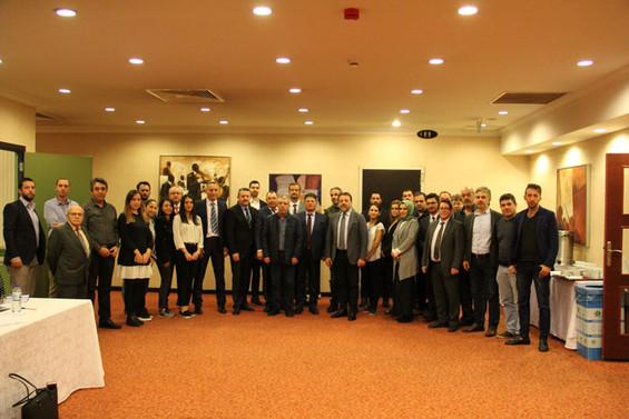 Eldiven sanayii sektörün geleceği için Bursa'da buluştu