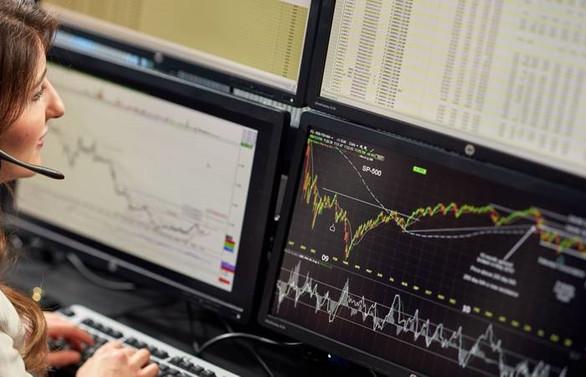 Dolar 5,80'in altına geriledi, Borsa yüzde 1 primli
