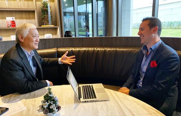 Dünya İş Ortakları Konferansı'nda Sertaç Doğanay Advantech liderleriyle buluştu