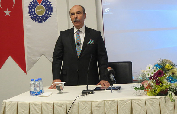 """Balcıoğlu, KSÜ'de """"Başarının Temeli Sevgi"""" başlıklı konferans verdi"""