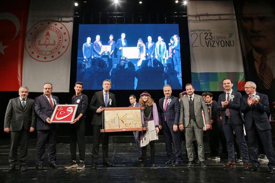 Özel öğrenciler Bursa'da 'Sanata Engel Yok' dedi