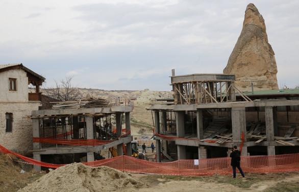 Göreme'deki otel inşaatının yıkımına başlandı