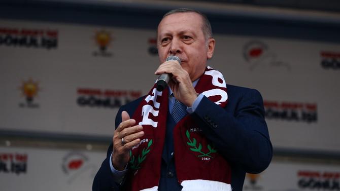 Erdoğan: Her seçimi ellerine yüzlerine bulaştırıyorlar