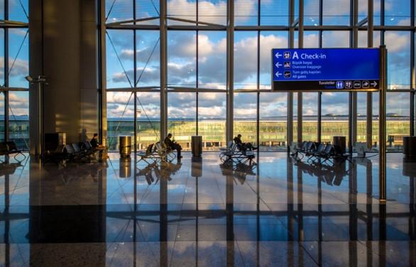 İstanbul Havalimanı'na taşınma bir kez daha ertelendi