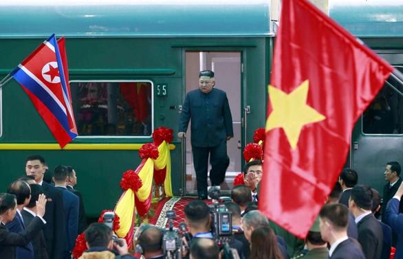Kim, Trump ile görüşmek üzere Vietnama geldi