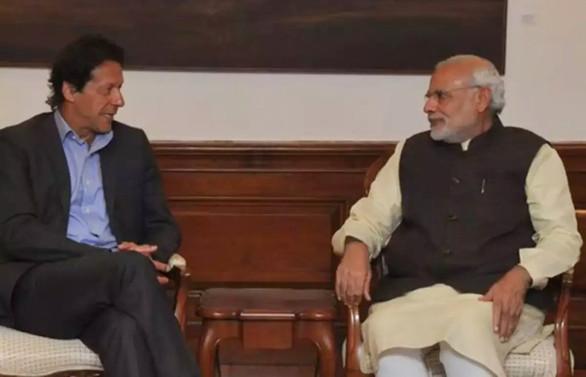 Pakistan Başbakanı'ndan Hintli mevkidaşına çağrı