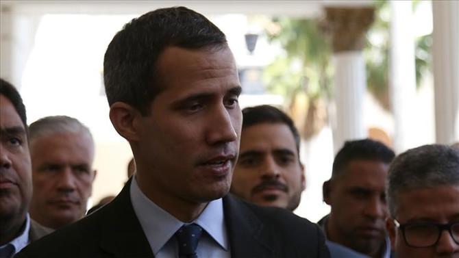 İtalya, Guaido'yu devlet başkanı olarak tanımadı